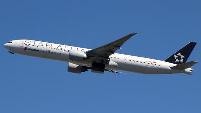 B-2032 - Boeing 777-39LER - Air China
