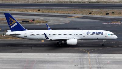 P4-EAS - Boeing 757-2G5 - Air Astana