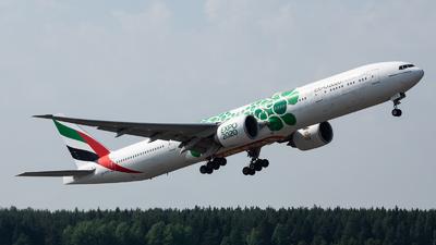 A6-EPU - Boeing 777-31HER - Emirates