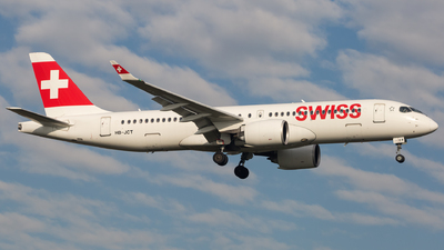 A picture of HBJCT - Airbus A220300 - Swiss - © Piotr Persona