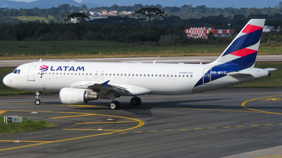 A picture of PRMYQ - Airbus A320214 - LATAM Airlines - © Ricardo Fontes Moro