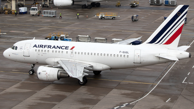 A picture of FGUGL - Airbus A318111 - Air France - © Paul Spijkers