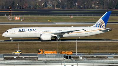 N27965 - Boeing 787-9 Dreamliner - United Airlines