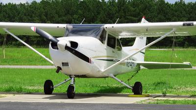 N2145T - Cessna 172R Skyhawk II - Private