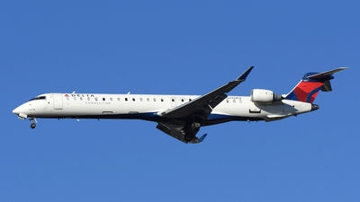 A picture of N295PQ - Mitsubishi CRJ900LR - Delta Air Lines - © DJ Reed - OPShots Photo Team