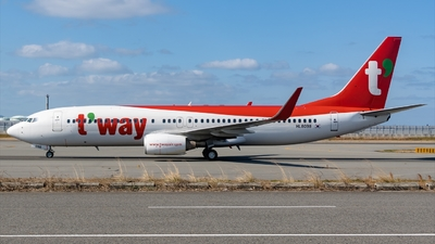 HL8098 - Boeing 737-8KN - T'Way Air