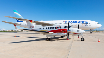 SE-LLU - Beechcraft B300 King Air 350 - Hummingbird Aviation Services
