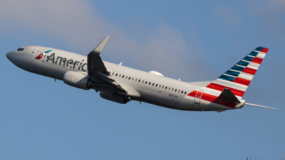 A picture of N951NN - Boeing 737823 - American Airlines - © Giovanni Segarra Ortiz