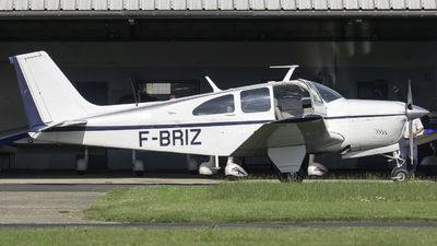 F-BRIZ - Beechcraft E33A Bonanza - Private