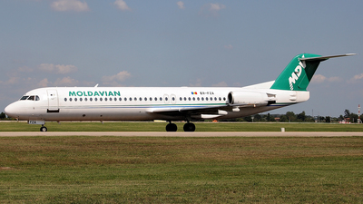 ER-FZA - Fokker 100 - Moldavian Airlines (MDV)
