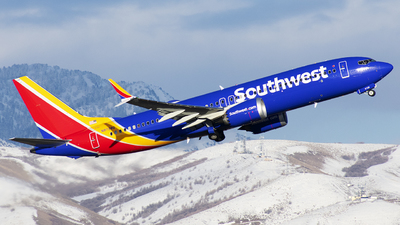 A picture of N8728Q - Boeing 737 MAX 8 - Southwest Airlines - © Michael Rodeback