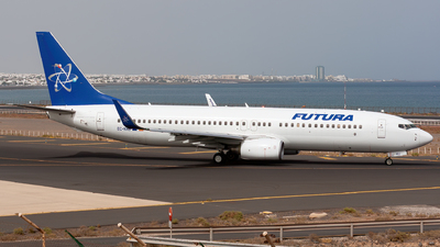 EC-KKU - Boeing 737-86N - Futura International Airways