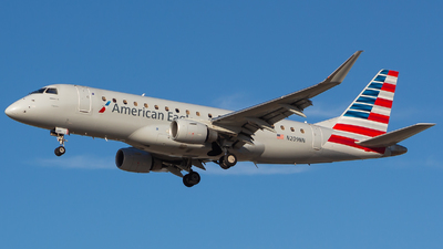 A picture of N209NN - Embraer E175LR - American Airlines - © Nicholas Hesler
