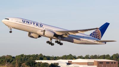N768UA - Boeing 777-222 - United Airlines