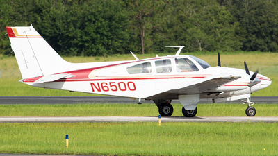 N6500 - Beechcraft 95-D55 Baron - Private