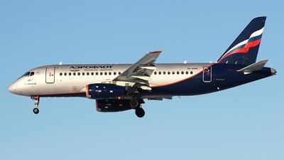 A picture of RA89101 - Sukhoi Superjet 10095B - Aeroflot - © Airyura