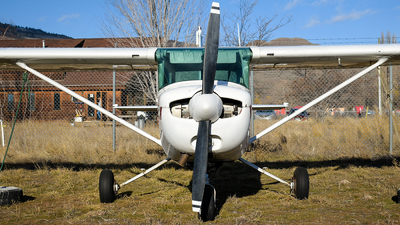 C-FMBX - Cessna 152 - Canadian Flight Centre