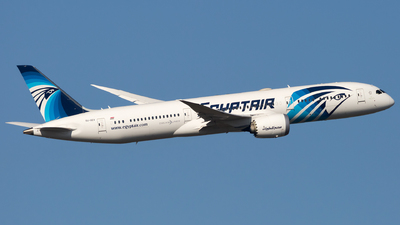 A picture of SUGEV - Boeing 7879 Dreamliner - EgyptAir - © Piotr Persona