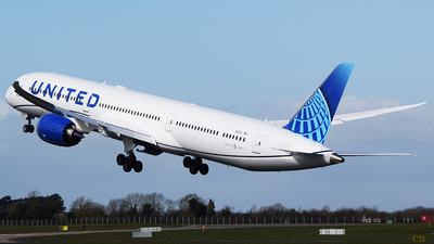 N12012 - Boeing 787-10 Dreamliner - United Airlines