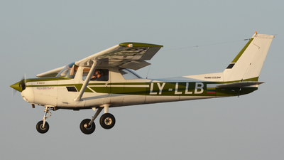 LY-LLB - Cessna 152 - Private