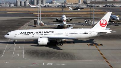A picture of JA711J - Boeing 777246(ER) - Japan Airlines - © kouyagi