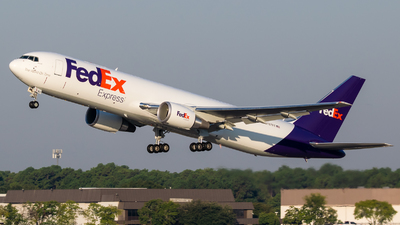 A picture of N187FE - Boeing 767300F(ER) - FedEx - © Positive Rate Photography