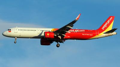 VN-A694 - Airbus A321-271N - VietJet Air