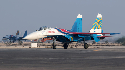 12 - Sukhoi Su-27P Flanker - Russia - Air Force