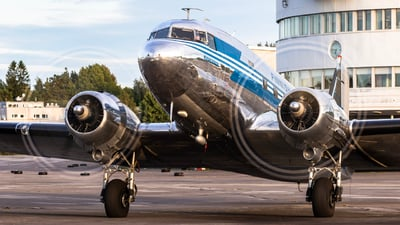 OH-LCH - Douglas DC-3A - Airveteran