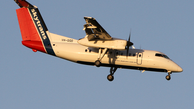 VH-QQD - Bombardier Dash 8-102A - Skytrans