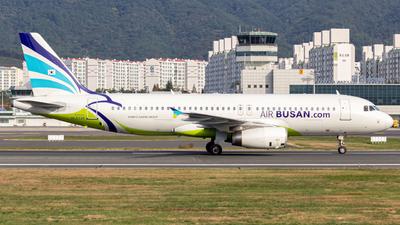 HL8328 - Airbus A320-232 - Air Busan
