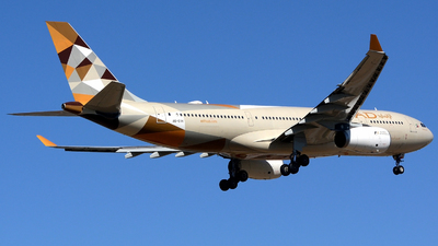 A6-EYK - Airbus A330-243 - Etihad Airways