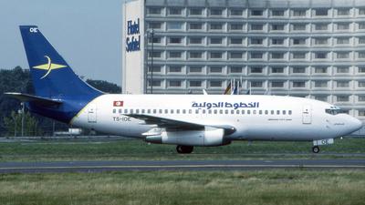 TS-IOE - Boeing 737-2H3(Adv) - Tuninter