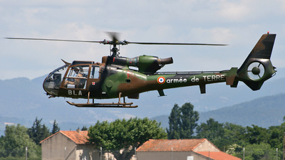 3956 - Aérospatiale SA 342 Gazelle - France - Army