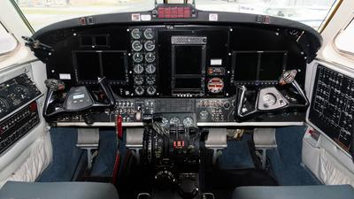 VH-XCB - Beechcraft 200 Super King Air - Jandakot Flight Centre