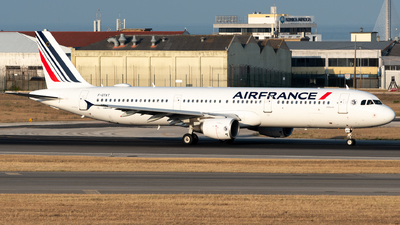 A picture of FGTAT - Airbus A321212 - Air France - © Miguel Viana Trajano