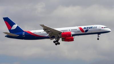 VP-BAS - Boeing 757-28A - Azur Air