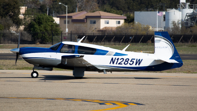 A picture of N1285W -  - [330014] - © Henry Gambill