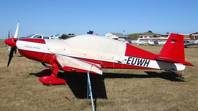 D-EUWH - Extra 300L - Private