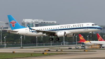 B-3205 - Embraer 190-100LR - China Southern Airlines