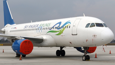 SP-HAF - Airbus A320-214 - Sky Angkor Airlines