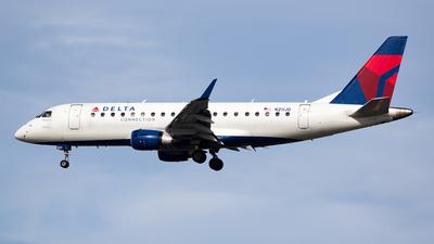 N211JQ - Embraer 170-200LR - Delta Connection (Shuttle America)