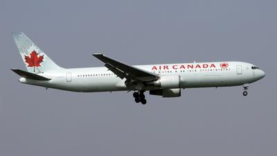 C-GSCA - Boeing 767-375(ER) - Air Canada