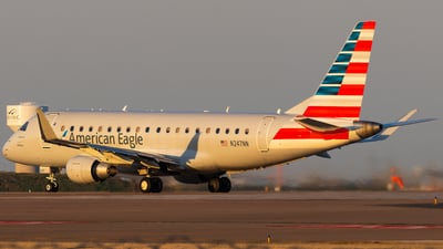 A picture of N247NN - Embraer E175LR - American Airlines - © Andrew Jeng