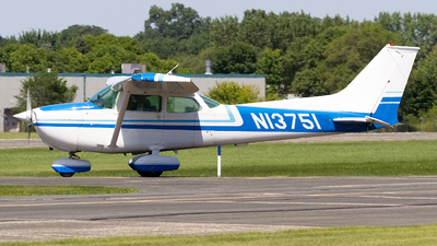 N13751 - Cessna 172M Skyhawk - Private