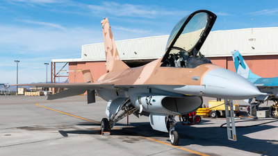 920408 - General Dynamics F-16A Fighting Falcon - United States - US Navy (USN)