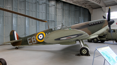 X4178 - Supermarine Spitfire - United Kingdom - Royal Air Force (RAF)