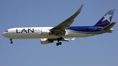 CC-CDP - Boeing 767-316(ER) - LAN Airlines
