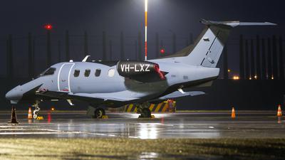A picture of VHLXZ - Embraer Phenom 100 - [50000423] - © Dutch