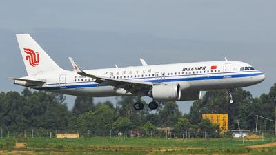 A picture of B30DA - Airbus A320271N - Air China - © 02RDS